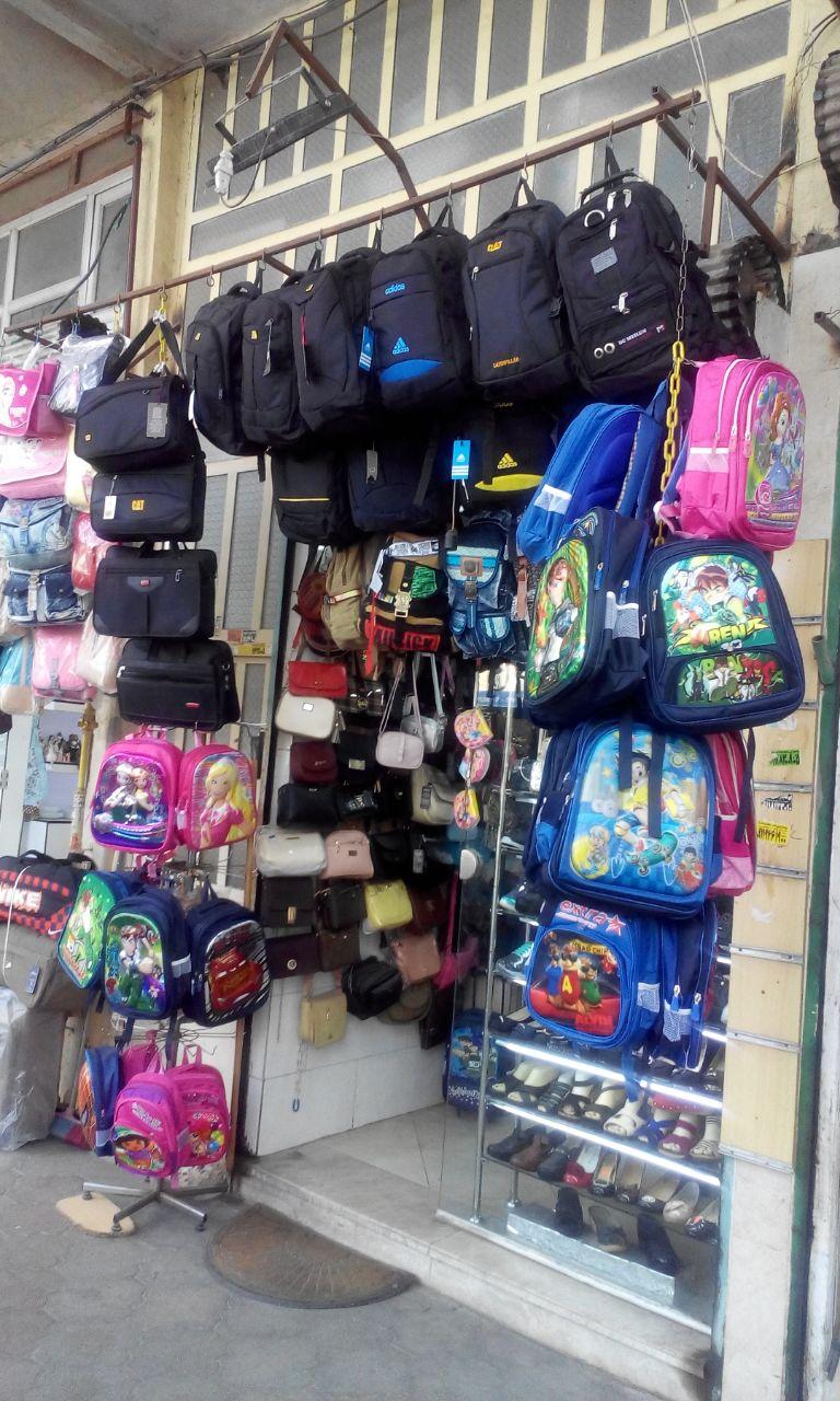 مرحله دوم  اهدای کمک های جمع شده به کودکان کم بضاعت توسط کمیته خیریه آفتاب  حاما…..