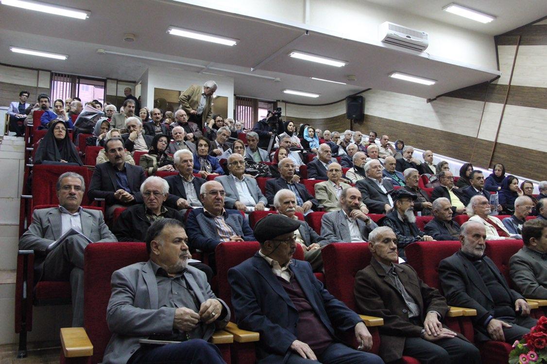 مراسمتجلیل از شجاع الدین طایفه به مناسبت هفته کتابخوانی