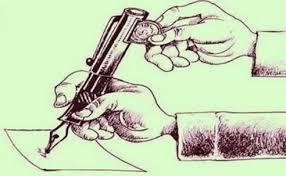 . «قلم به دست بودن یا قلم به مزد بودن، مسئله این است»