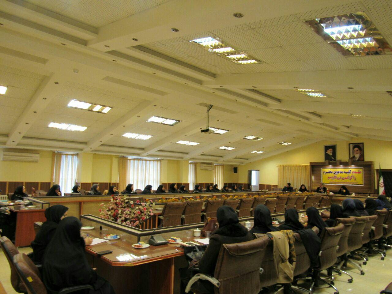 فرماندار لاهیجان : حضور زنان توانمند در عرصه های مدیریتی شهرستان در اولویت بنده است
