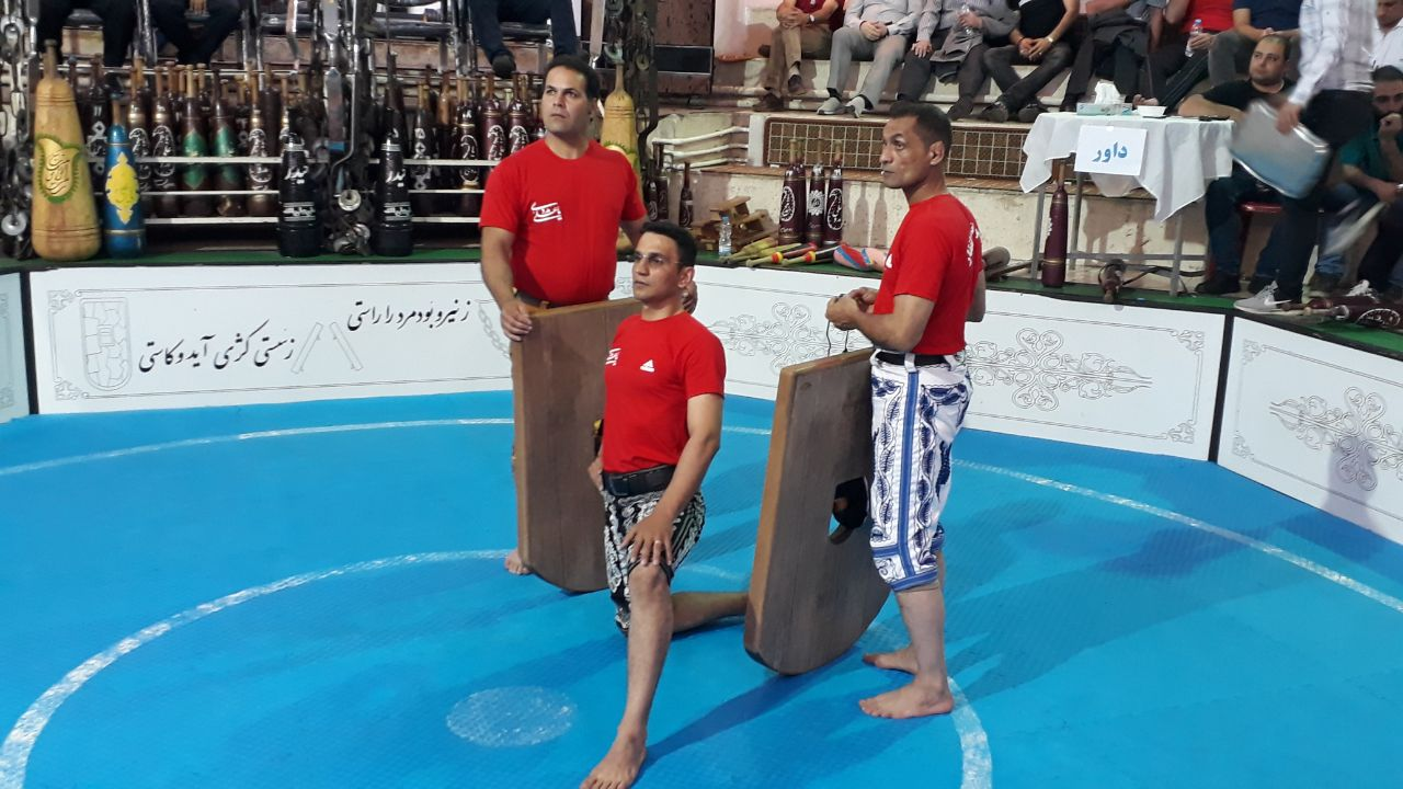 برگزاری اولین دوره مسابقات لیگ ورزش پهلوانی استان گیلان(جام رمضان)پس از پنجاه سال درزورخانه علی ابن ابیطالب(ع)شهرستان لاهیجان