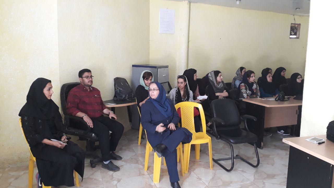 برگزاری نخستین کارگاه آموزشی مهارتهای پیش از ازدواج سال ۹۸ در سالن اجتماعات اداره ورزش و جوانان لاهیجان