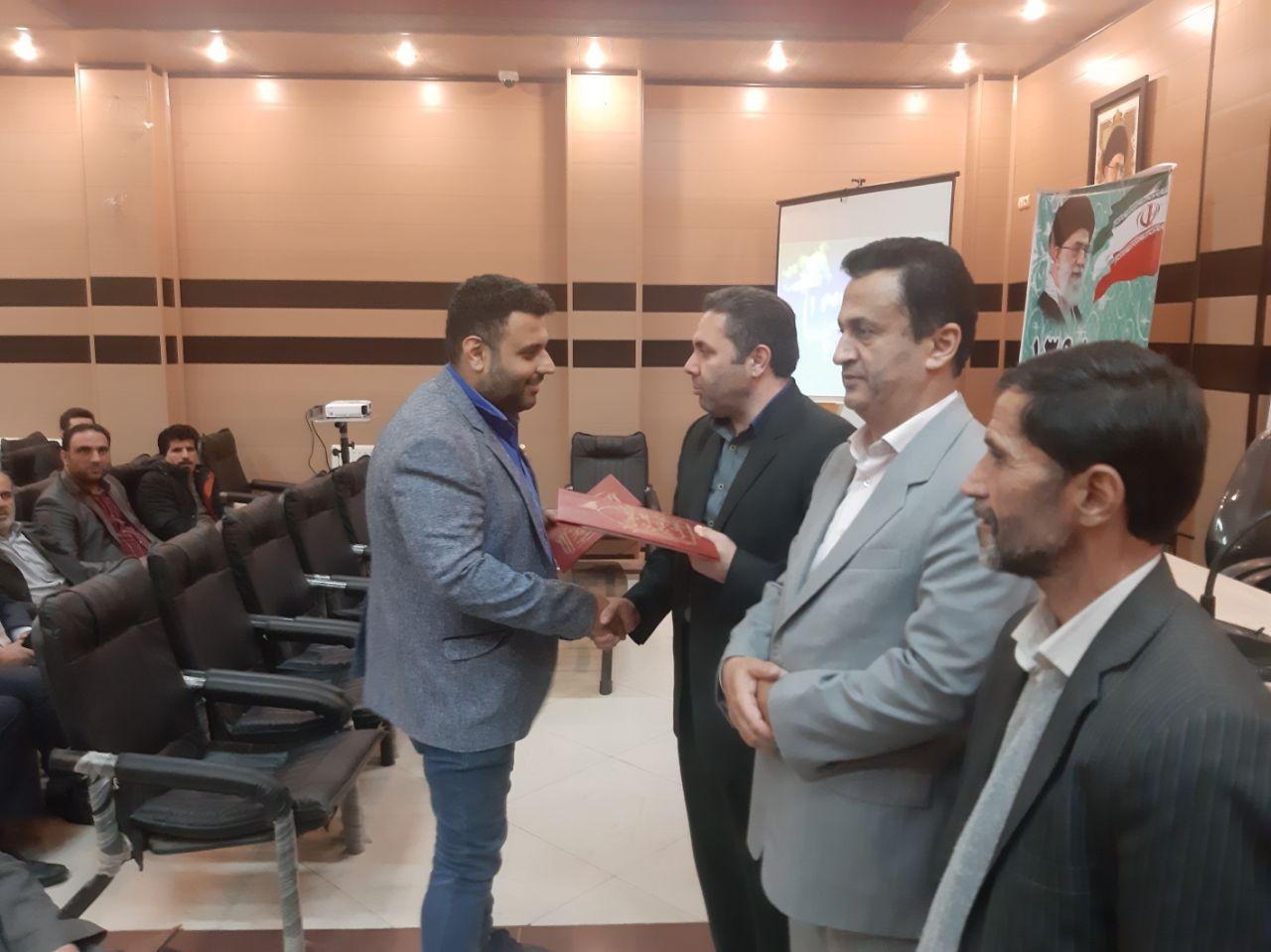 برگزاری مراسم تجلیل از خادمین و خیرین موکب شهدای لاهیجان در سالن اجلاس مجامع امور صنفی لاهیجان