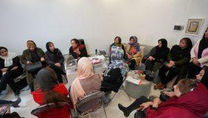 مقارن با هفته مبارزه ملی با سرطان، نخستین جلسه کافه صورتی صبح روز سه شنبه در لاهیجان برگزار گردید