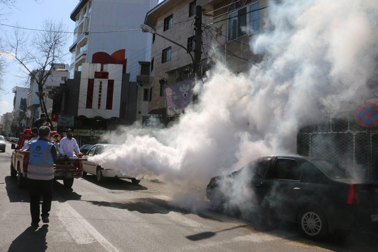 گزارش تصویری؛ ادامه ضدعفونی اماکن عمومی لاهیجان توسط شهرداری